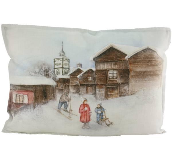 Bilde av Pute med fyll, Barn går på ski, Vinterbarn