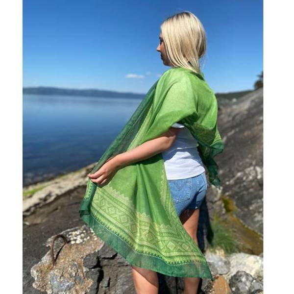 Bilde av Mariusskjerf lys grønn/hvit/grønn
