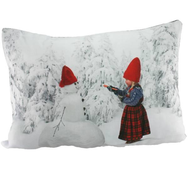 Bilde av Pute med fyll- Anja lager snømann - Juledrømmen